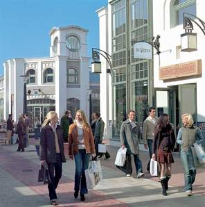 Outlet shopping Ingolstadt Village