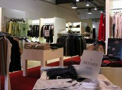 trussardi jeans factory outlet in zweibruecken. Black Bedroom Furniture Sets. Home Design Ideas